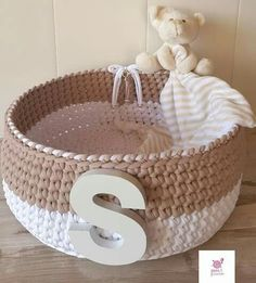 Crochet Motifs, Crochet Stitches, Crochet Patterns, Crochet Bowl, Crochet Yarn, Crochet Storage, Crochet Home Decor, Finger Knitting, Crochet Needles