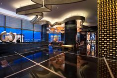 mandarin oriental las vegas is one of Luxury Hotel Experts 5 Star Hotels. Enter to find the best mandarin oriental vegas Deals and Complimentary Amenities Hotels And Resorts, Best Hotels, Luxury Hotels, Mandarin Oriental, Vegas Strip, Nevada, Golden Decor, Lobby Design, Receptions