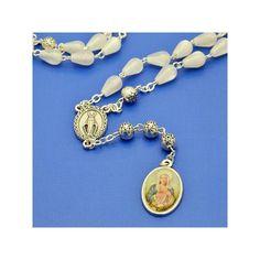 La Corona alle Lacrime della Madonna è un potente mezzo per contrastare il male e ottenere grazie, per intercessione della nostra Mamma celeste al Crocifisso