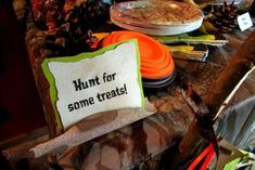 Hunting Birthday Party Ideas Photo 12 of 33 Catch My Party Camo Birthday Party, Camo Party, Hunting Birthday, Hunting Party, Redneck Party, 6th Birthday Parties, 1st Boy Birthday, Birthday Ideas, Cowboy Birthday