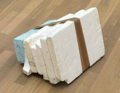 Thomas Rentmeister – Object untitled, 2011 Styrofoam, Styrodur, tape, colour dust 30 x 50 x 40 cm