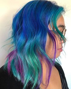 Loving this cool toned color melt by - have you tried our Mermaid Pack yet? Mermaid Waves, Mermaid Hair, Dyed Hair Blue, Gorgeous Hair Color, Turquoise Hair, Hair Slide, Color Melting, Perfect Image, Hair Sticks