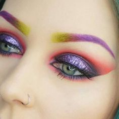 Not sure I like what she's done here with the brows, but oh that color otherwise!!! <3