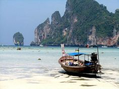 Ko Phi Phi, considered to be one of the most naturally beautiful islands in the world  | Traveldudes Social Travel Blog