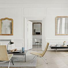 Fritz Hansen PK22™ Chair