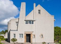 *Charles Rennie Mackintosh Hill House / Charles Rennie Mackintosh, 1902-1904.