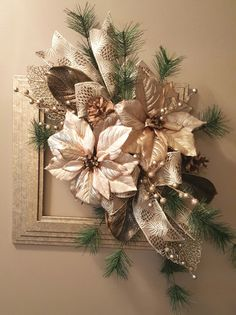 Crafting fun for the holidays. Christmas Swags, Christmas Frames, Christmas Flowers, Christmas Diy, Crochet Christmas, Christmas Bells, Christmas Angels, Xmas, Christmas Floral Arrangements