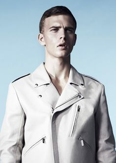 Benjamin Eidem  #Fashion #Style