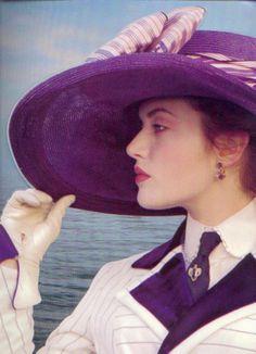 """Kate Winslet et le fabuleux chapeau qu'elle portait dans """"Titanic"""" Leonardo Dicaprio, Titanic Rose, Kate Titanic, Jack Dawson, James Cameron, The Costumer, Kate Winslet, Movie Costumes, Costumes"""