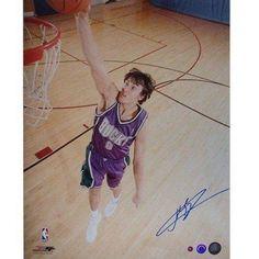 Andrew Bogut Signed Bucks Action Dunk 16 inch x 20 inch Photograph (Schwartz)