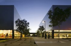 Palo Verde Library and Maryvale Community Center / Gould Evans and Wendell Burnette Architects