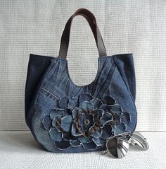 Denim tote bag handbag purse flowery recycled upsycled by BukiBuki