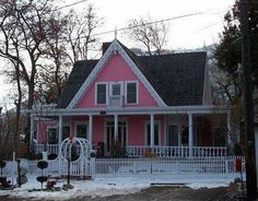 My little cottage in the making: LITTLE PINK HOUSES FOR YOU AND ME