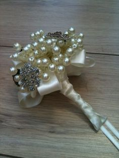 I want these pearl in my bouquet (just the pearls)