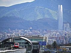 Santiago - Chile - Metro de Santiago - Costanera Center.