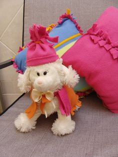 Nifty no-sew fleece projects! love this for summers stuffed animals Fleece Crafts, Fleece Projects, Fabric Crafts, Sewing Crafts, Sewing Projects, Craft Projects, Projects To Try, Diy Crafts, Sewing Patterns For Kids