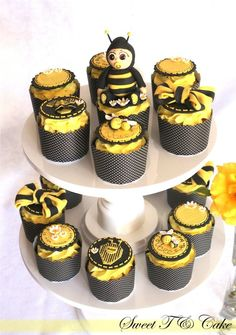 """I had so much fun making these babee shower cupcakes. It was so cute watching my two year old son fly his bee on a toothpick around the house lol. He called his bee """"shoop"""" lol he eventually sqaushed his bee and ate it lol. Moist Cupcakes, Fancy Cupcakes, Sweet Cupcakes, Amazing Cupcakes, Baby Cupcake, Cupcake Cakes, Bumble Bee Cupcakes, Cupcake Recipes For Kids, Beautiful Desserts"""