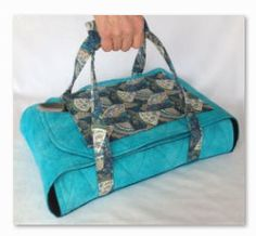 "SEW-101 Wrap & Go Casserole Carrier, 9"" x 13"" size. From ML: Great for pot luck dinners to keep your dish to pass warm."