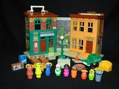 Sesame Street | The 14 Greatest Fisher-Price Little People Playsets Of Your Childhood