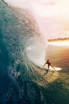 Barbados Surfing conditions are ideal for any level of surfer. Barbados is almost guaranteed to have surf somewhere on any given day of the year. Surfs Up, No Wave, Big Waves, Ocean Waves, Radical Sports, Fc Barcalona, Beach Boys, Surf Girls, Foto Poster