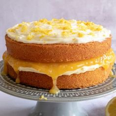 Gluten Free Lemon Cake Recipe with homemade curd (dairy free, low FODMAP) Gluten Free Almond Cake, Almond Cakes, Gluten Free Baking, Gluten Free Treats, Gluten Free Cakes, Dairy Free Recipes, Fodmap Recipes, Lemon Dessert Recipes, Cake Recipes