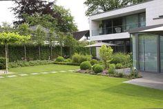 70 Magical Side Yard And Backyard Gravel Garden Design Ideas Herb Garden Design, Modern Garden Design, Landscape Design, Terrace Design, Succulents Garden, Garden Pots, Garden Shrubs, Gravel Garden, Rooftop Garden