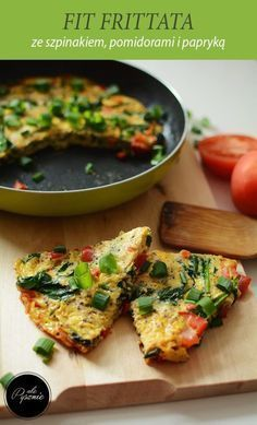 Pomysł na śniadanie - frittata Best Cookbooks, Snack Recipes, Healthy Recipes, Healthy Cooking, Healthy Food, Food Inspiration, Good Food, Food Porn, Food And Drink