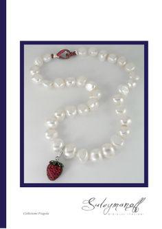Le perle si formano nei molluschi quale reazione immunitaria a corpi estranei, si trova nelle tonalità' di colore rosa, argento, crema, oro, verde, blu, nera. Si valuta che la vita media della perla duri circa 100-150 anni, la più' grossa perla naturale mai trovata pesa 450 carati