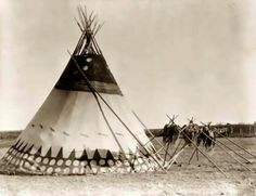 Native american teepee, no date or location. looks like a Blackfoot traditional society tipi to me JE. Native American Teepee, Native American Photos, Native American Tribes, Native American History, Native Americans, Canadian History, American Symbols, Le Far West, Native Indian