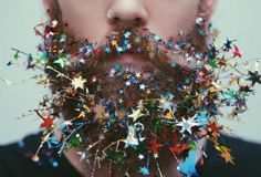 I have decided that for my facial postiche character I want to create a beard most likely on a female and add either colour, glitter or flowers. Beard Art, Gay Beard, Epic Beard, Beard Decorations, Glitter Beards, Flower Beard, Moda Hipster, Glitter Roots, Look Man