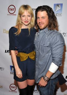 Christian Kane and Beth Riesgraf  of Leverage!