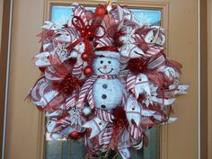 Frosty the Snowman Deco Mesh Holiday Wreath by DecoDzigns on Etsy, $115.00