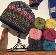 Fair Isle Knitting Patterns, Knitting Paterns, Knitting Stitches, Knitting Designs, Knit Patterns, Knitting Projects, Hand Knitting, Punto Fair Isle, Motif Fair Isle