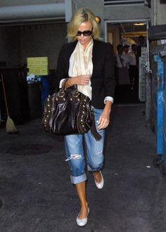 Southern California Chic: Fashion Friday: Charlize Theron!!