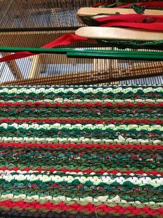 Rya Rug, Loom Weaving, Korn, Rugs, Home Decor, Homemade Home Decor, Loom, Carpets, Interior Design