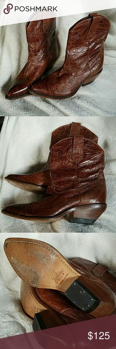 """Boots Zodiac, leather, usa made  1 1/2"""" heel 9"""" overall height appx  Brown leather  7 1/2 M  3 1/2"""" across ball  Cushion insole, printed ZODIAC material inside  Slight floor scuff on bottom , still in very good condition, ready for you to mold to your own foot Zodiac Shoes Ankle Boots & Booties"""
