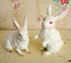 Small Vintage Lefton Bunny Rabbit Figure Pair by Somethingcharming, ETSY - i have a pair of these sweeties! CC)