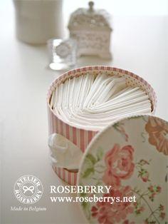 丸型ティッシュBOX ❤ http://livedoor.blogimg.jp/roseberry_diary/imgs/c/2/c23d3bab.jpg