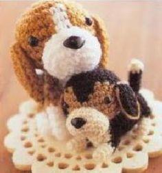 http://es.scribd.com/doc/109176208/Perrito-Beagle-Amigurumi-Crochet