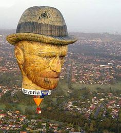 Van Gogh's Head, 100 feet tall « Artsology | An arts blog | Art musings, found art, news, and other art-related items of interest