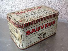Boîte tôle ancienne sauveur