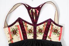 Norsk Institutt for Bunad og Folkedrakt - Fotograf Nilsen, Ragni Engstrøm Folk Costume, Costumes, Textiles, Cute Designs, Night Gown, Norway, Celebs, Sewing, Sweden