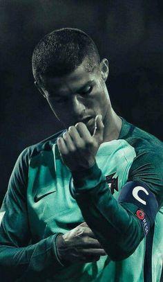 The Captain Ronaldo! Cr7 Football, Best Football Players, Soccer Players, Cristiano Ronaldo Portugal, Cristiano Ronaldo Juventus, Cr7 Messi, Neymar, Cr7 Portugal, Cr7 Wallpapers