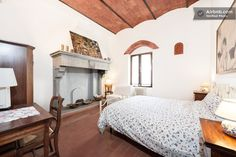 #Airbnb Apartment in Florence