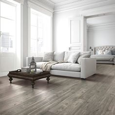 Silvermist Oak Natural Authentic Laminate Floor Grey Color Oak Wood Finish 12mm 1