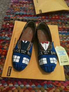 doctor who toms shoes | Doctor Who TOMS by WallysByMillenium on Etsy
