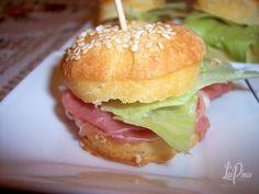 Hamburger, Chicken, Ethnic Recipes, Burgers, Cubs