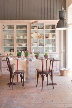 Kitchen Cabinets Decor, Home Decor Kitchen, Kitchen Interior, Home Kitchens, Pink Kitchens, Kitchen Stuff, Home Decor Furniture, Painted Furniture, Painted Hutch