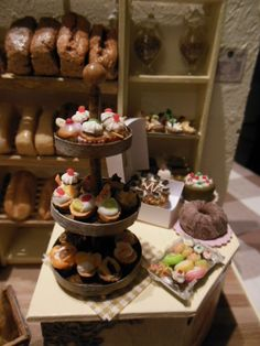 Now I work in the bakery - Healthy Food Art Healthy Food Plate, Healthy Kids, Healthy Eating, Healthy Recipes, Happy Foods, Plate Crafts, High Tea, Food Art, Bakery