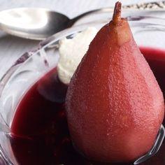 Punaiset päärynät ja sabayonkastike - Reseptit – Kotiliesi